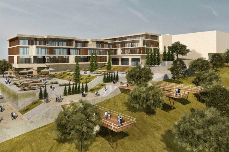 جامعة ازمير تينازتبه
