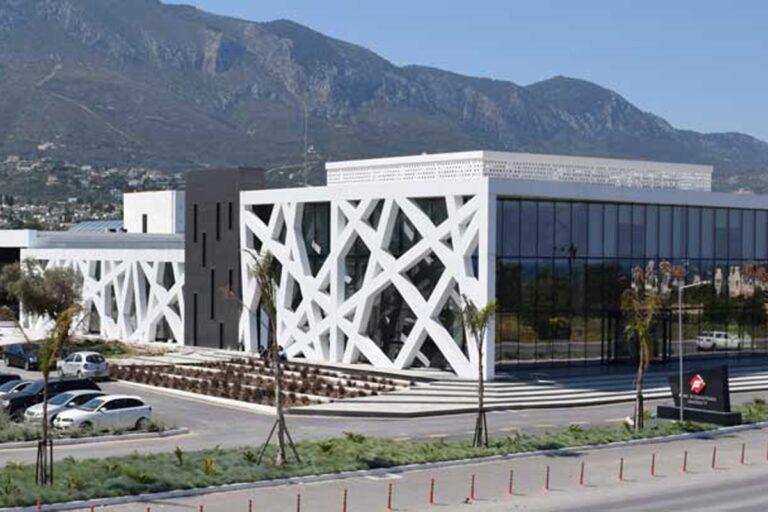 جامعة فاينل الدولية
