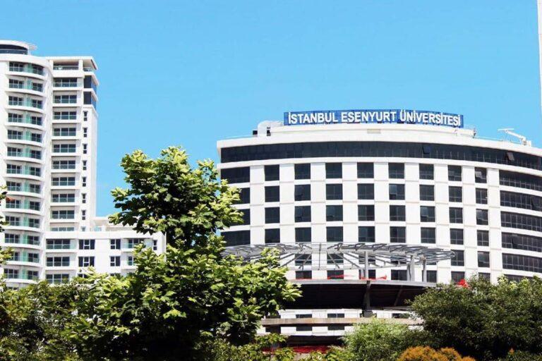 جامعة اسطنبول اسنيورت
